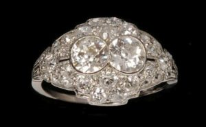 How to identify vintage antique jewelry in seattle for Sell gold jewelry seattle